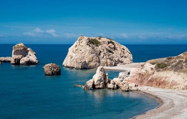 People flock to Petra tou Romiou for selfies with Aphrodite
